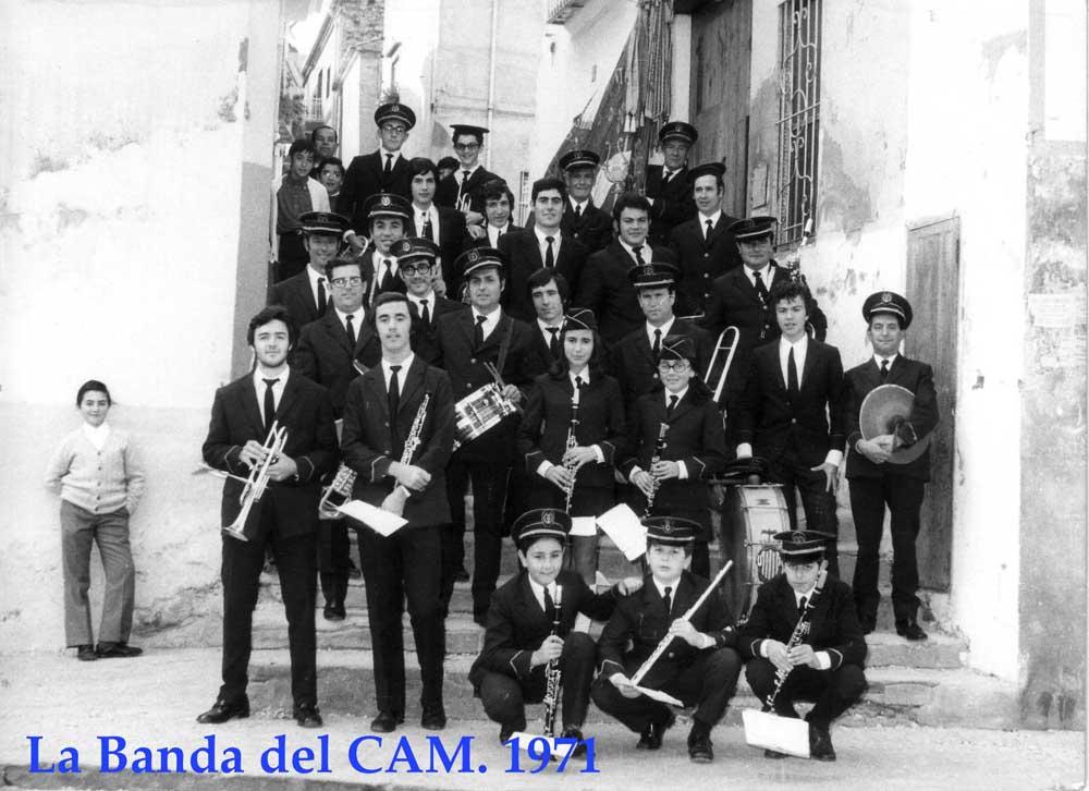 1971  Historia. 1900 - 1971 1971